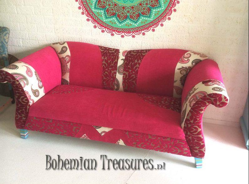 bankje roze barok stijl geschilderde pootjes e