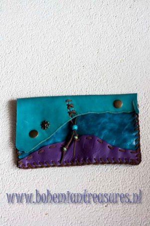 handgemaakt leren etuitje paars turqoise blauw
