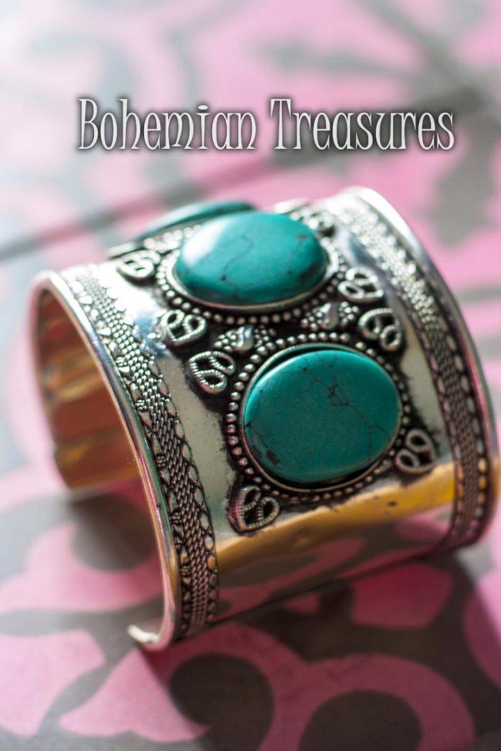 manchet armband van messing met drie turqoise stenen