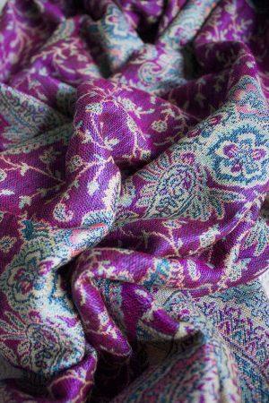pashmina sjaal donkerroze met turqoise blauw en créme