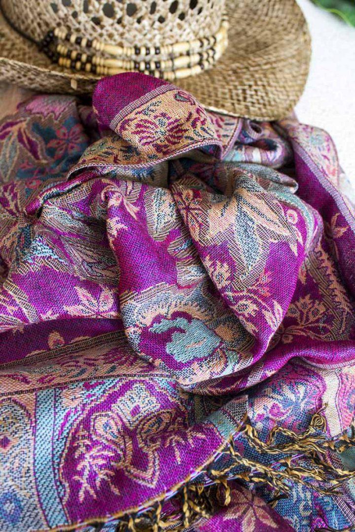 pashmina sjaal felroze met blauw en bloemen