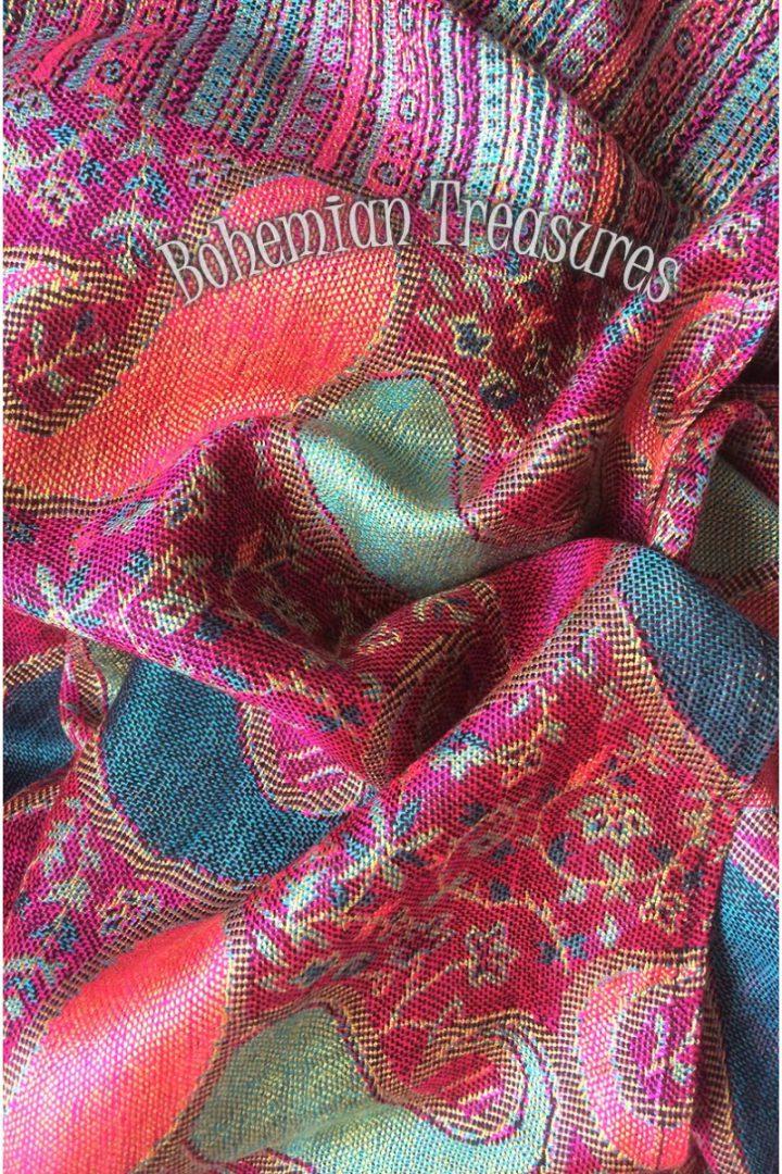 pasmina sjaal met franjes roze met turqoise