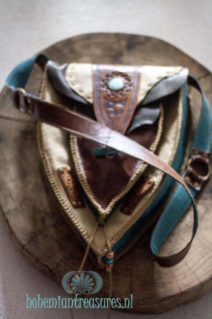 punt tas handcarved