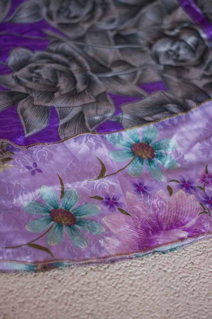sari wikkelrok gypsy bohemian paars met grijze rozen