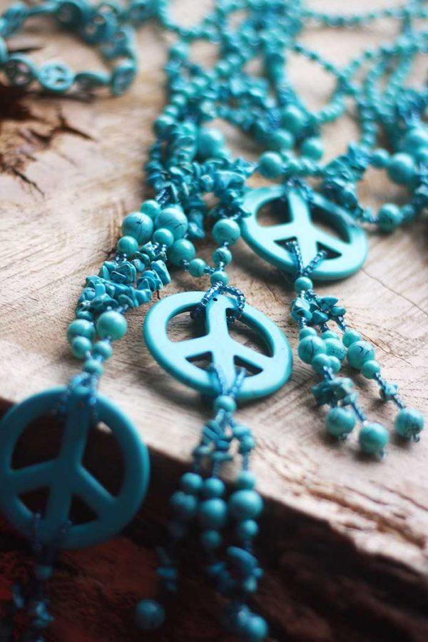 turqoise ketting met peace teken