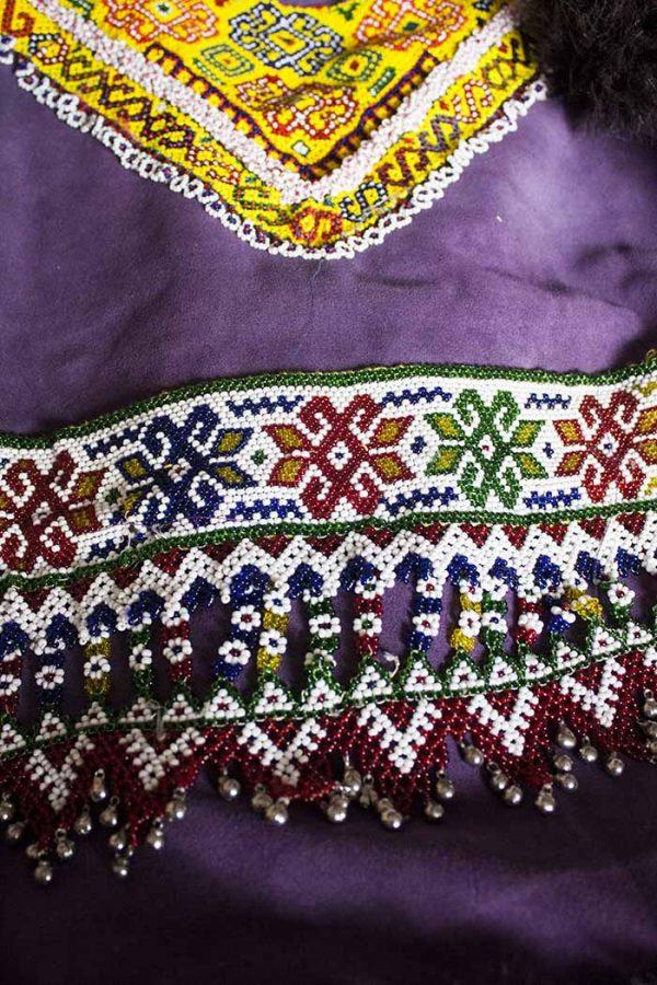 gilet dik embroidery met paars