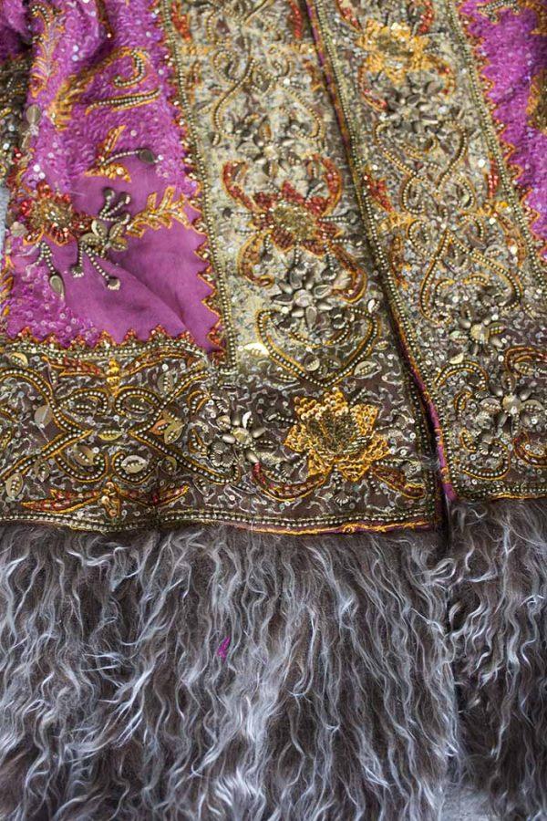 gypsy vest jas geborduurd roze met bont