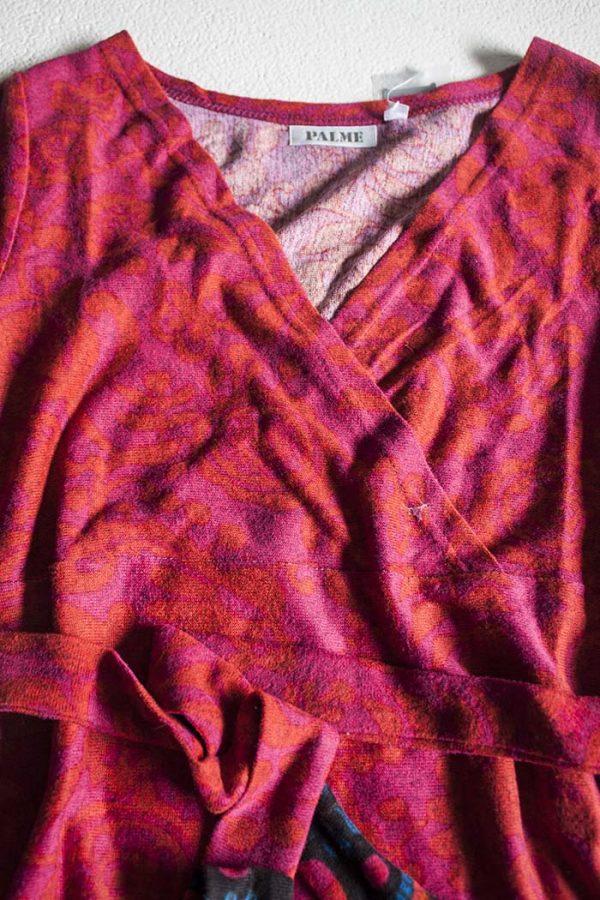 oranje rode tuniek van zacht gebreide stof