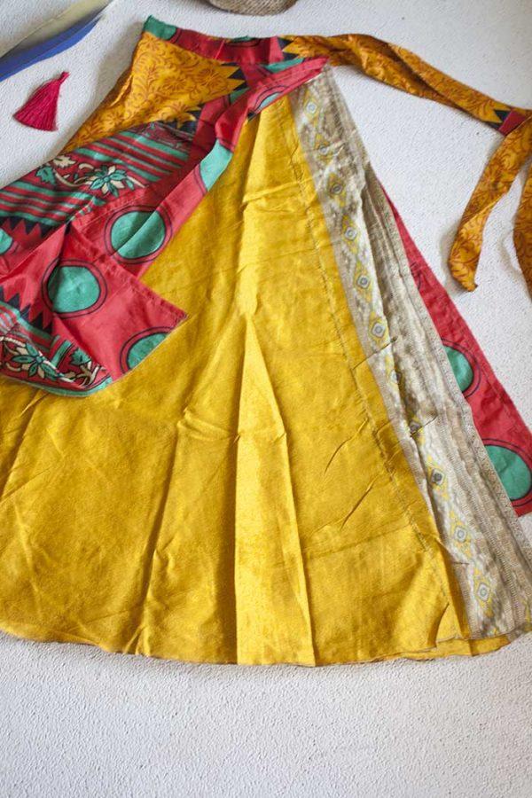 sari India wikkelrok gypsy oker rood en groen