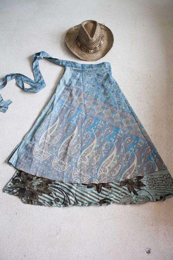 Gipsy bohemian sari wikkelrok zacht blauw met bloemetjes