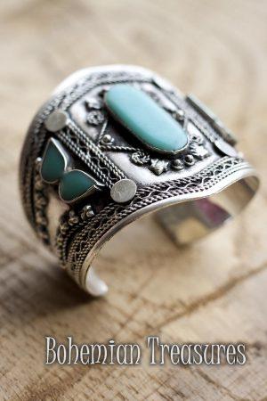 armband blauwe steentjes