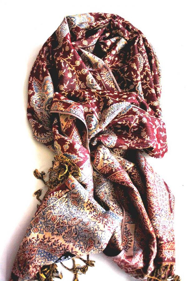 sjaal met franjes diep bruinrood met oosters motief