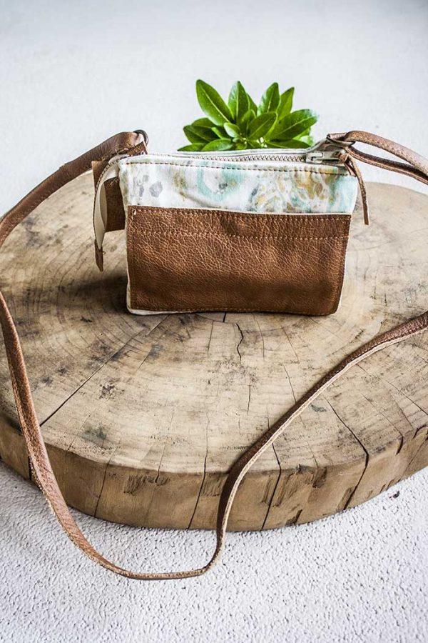 clutch handtasje geverfd katoen met bruin leer