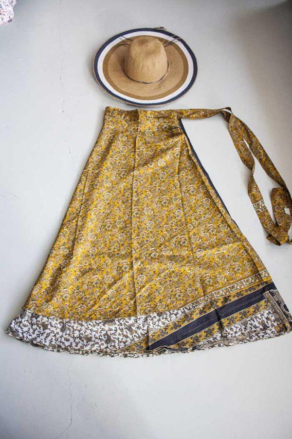 gypsy wikkelrok sari  laags geel wit blauw