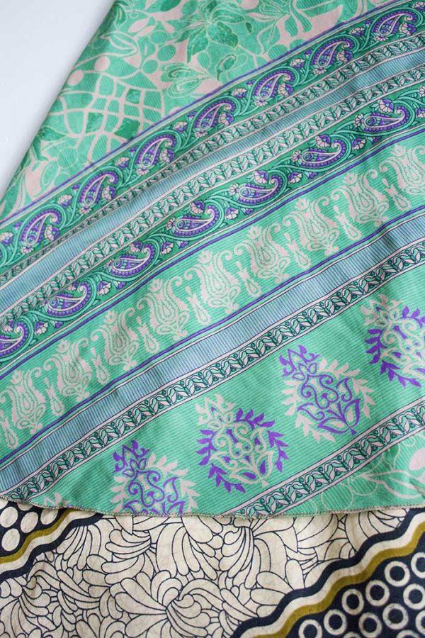 magische sari wikkelrok vrolijk groen met zwart en olijfgoud