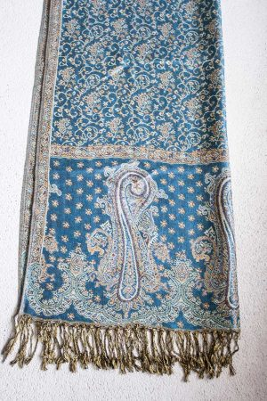 Pashmina sjaal met franjes turqoise met zalm