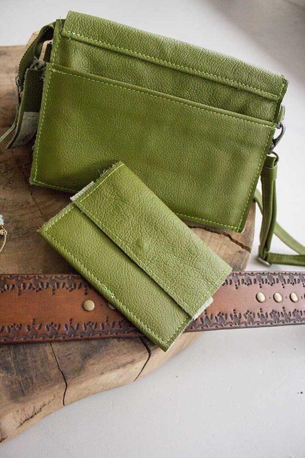 clutch groen leer met portemonnee