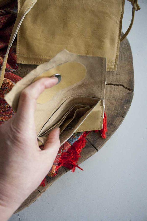 clutch zacht geel leer met portemonnee