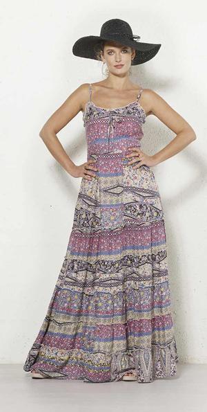 lange boho jurk zacht roze blauw en créme
