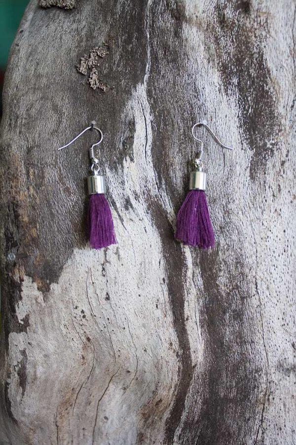 oorbellen mini kwastjes helder aubergine paars