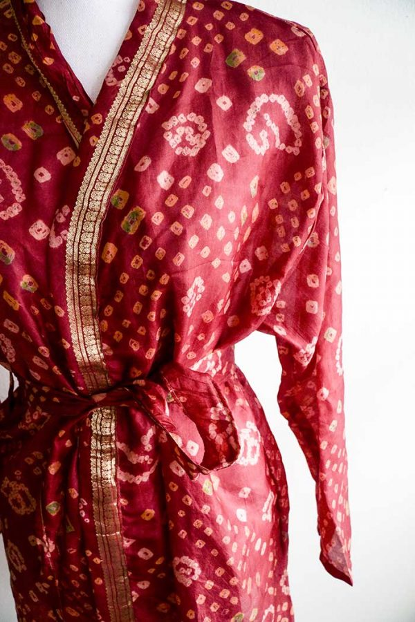 Kimono lang donker bruinrood met goud lange mouw