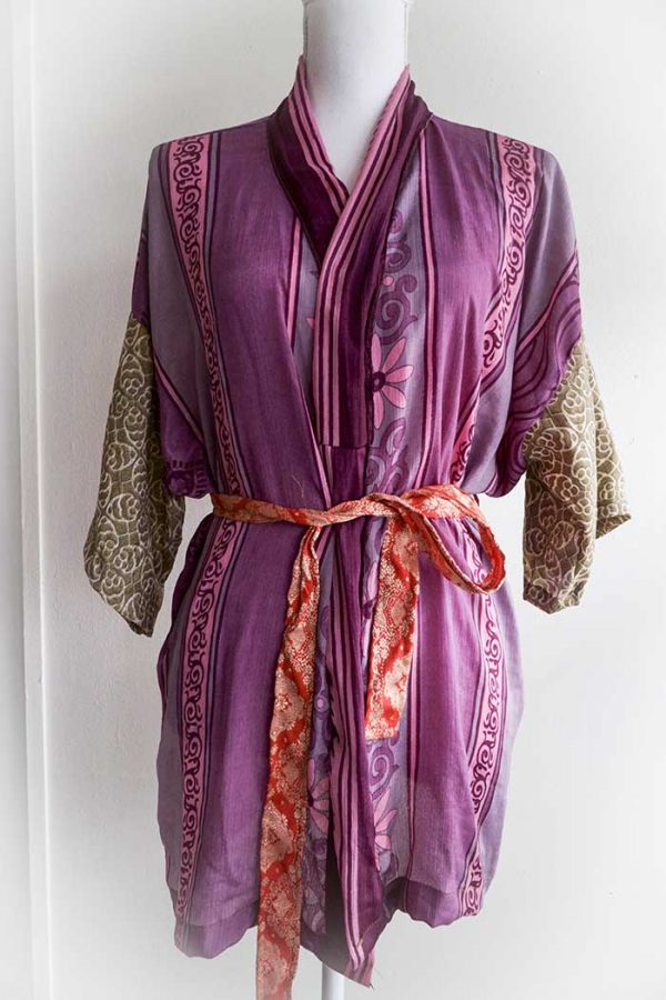 kimono kort rozepaars met beige en rood halflange mouw