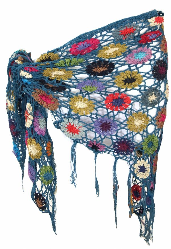Gehaakte sjaal met bloemen katoen petrol blauw