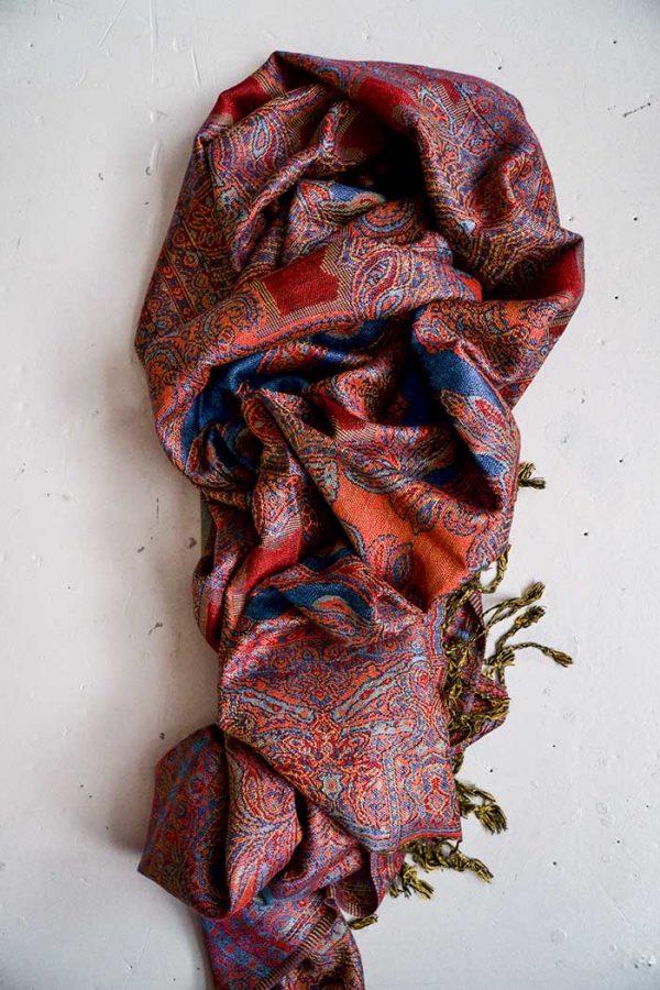 pashmina sjaal met franjes koraal met donkerpaars